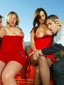 UK bitches banged in outdoor groupsex adventure