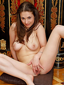 Tempting nubile babe Adalyn undresses and inserts her fingers in her l