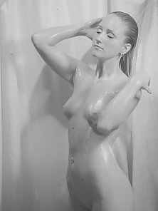 Hot Bombshell Taking a Shower with Boobs and Butt Close-ups