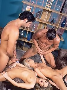 Hard Fuck on the Sofa with Groupsex Couples