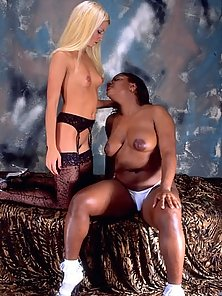 Ebony and Ivory having wild fuckingg escapade