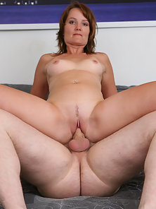 Damn Milf Rides Over Big Dick and Enjoyed Nonstop Bouncing Before Blows and Taste the Cum