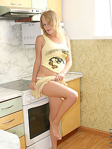 Watch milana as she gently squeezes her delectable goodies before stri