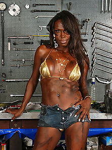 Julia Anapolis being naughty in the garage