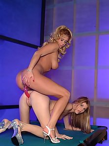 Babes on the table having hard licking and penetration