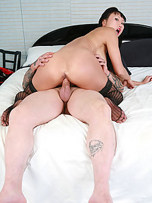 Dark Haired Busty Pornstar Gets Her Juicy Cunt Licked and Fucked By Tattooed Guy