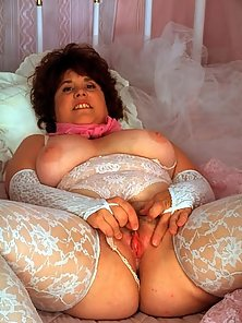 fat brunette mama in sexy white lingerie