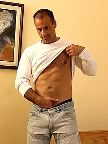 Mature Daddy Solo free gay porn pics