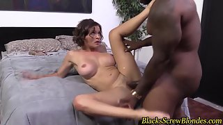 Busty Babe Takes a Long Black Cock and Fucked After Sucked