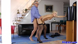 Black Stockings Wearing Chick Deepthroat Her Man Big Dong