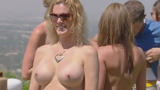 Stunning Babes Lower Dress then Flashes Boob Outdoor