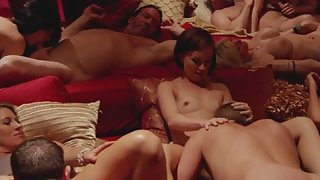 Sexy Uncothed Swingers Got Licked then Blowjob Indoor