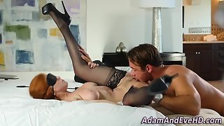 Blindfold Sexy Babe Gets Pounded in POV after Oral Pleasure