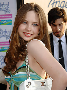 Young and sweet looking Daveigh Chase and her curvaceous body