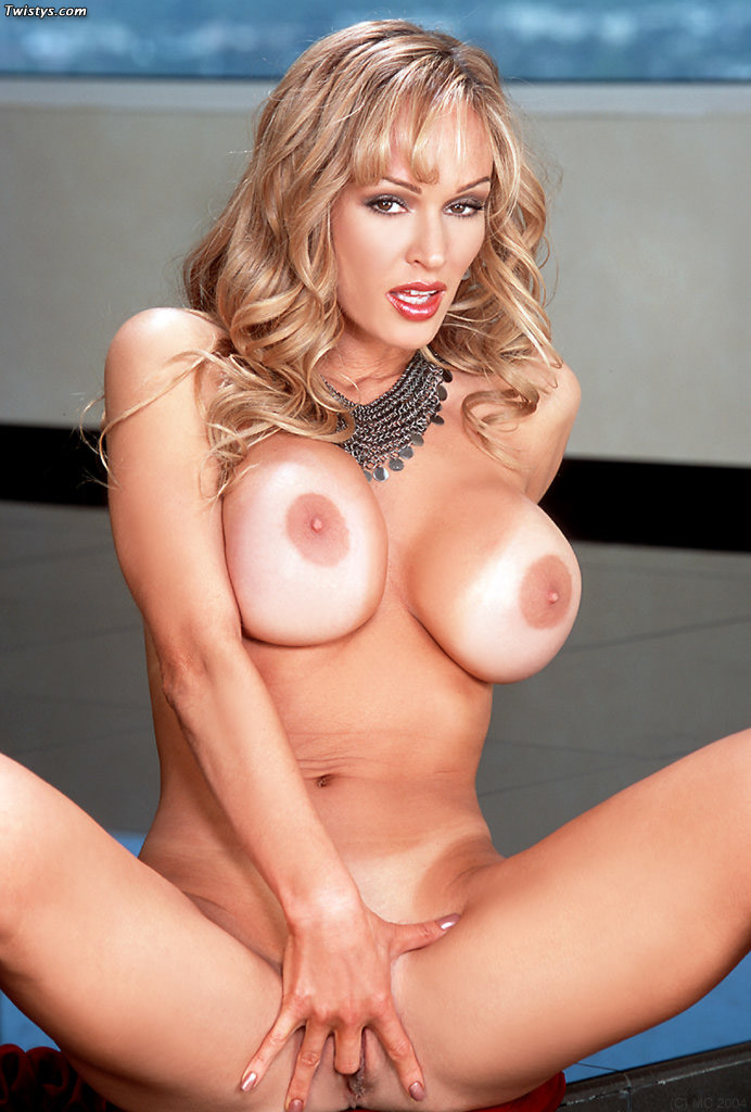 Blonde Pornstar With Insanely Big Tits - Sex Oasis-3940