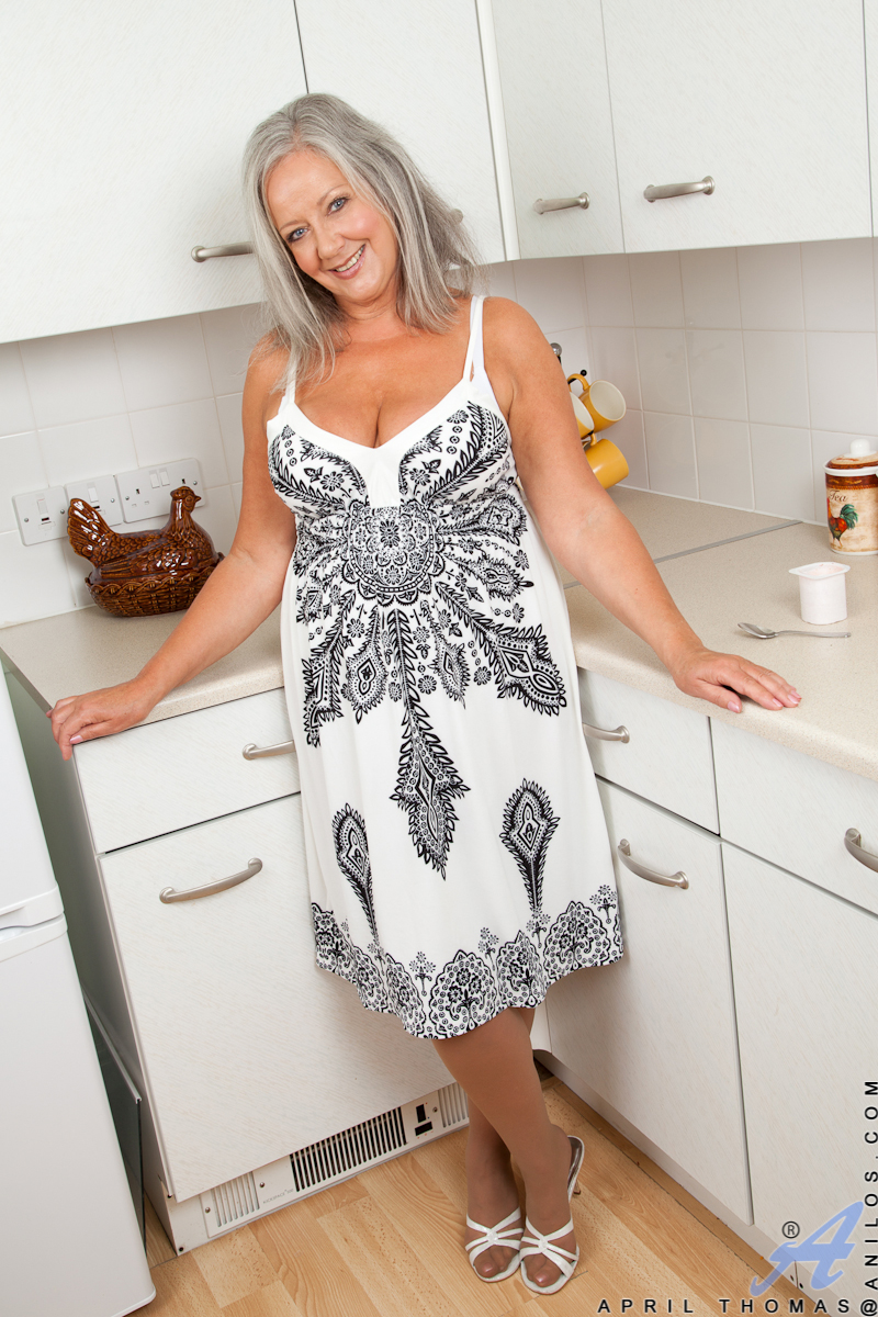 April Thomas Porn experienced housewife april thomas gets naughty in the