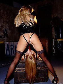 Stockings babes having a sinful sex demo