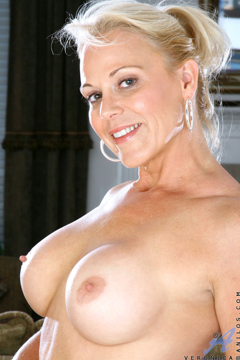 Recommend naked cougar with big tits rather