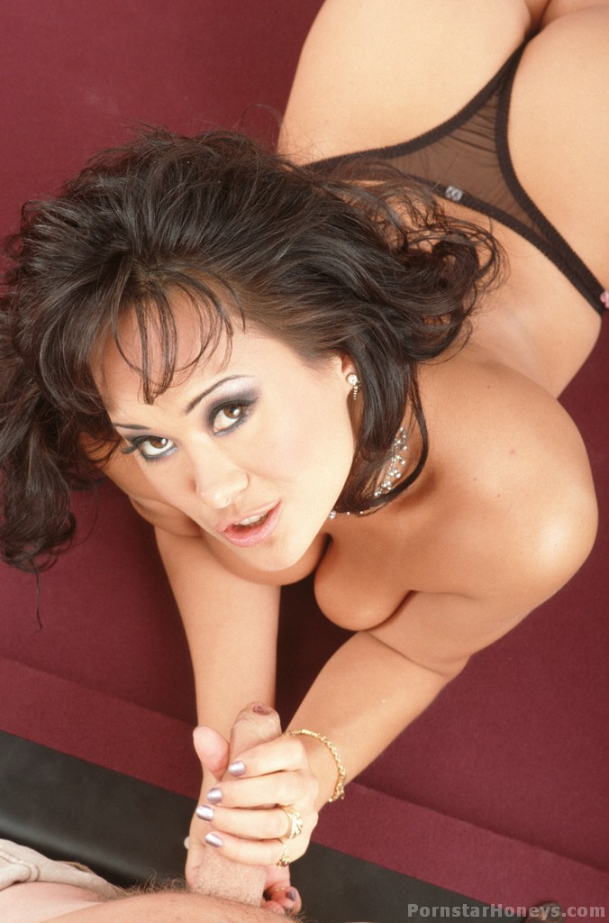 Asia carrera sucking dick