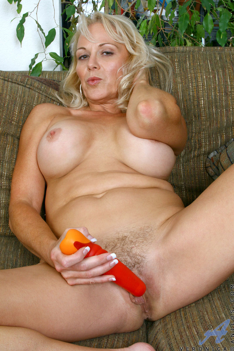 Dildo nude cougar on