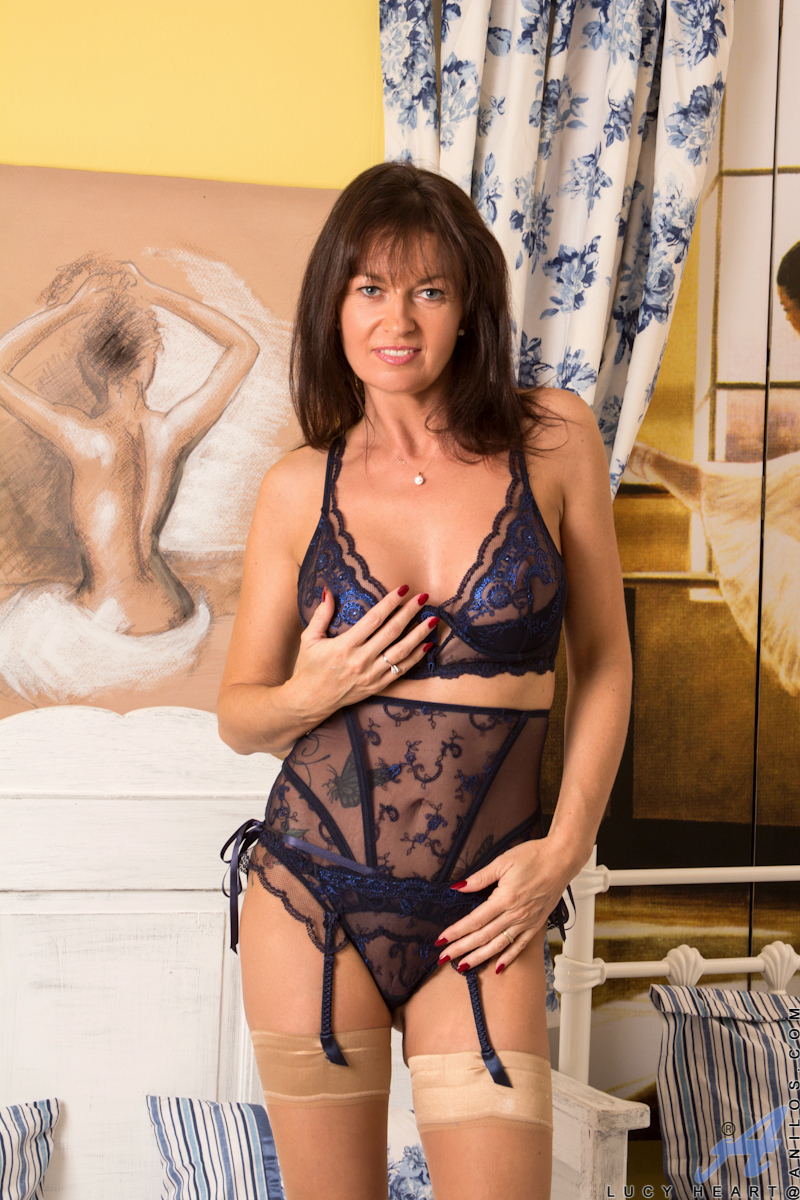 Voluptuous Mom Wears Super Sexy Sheer Lingerie - Sex Oasis-8596