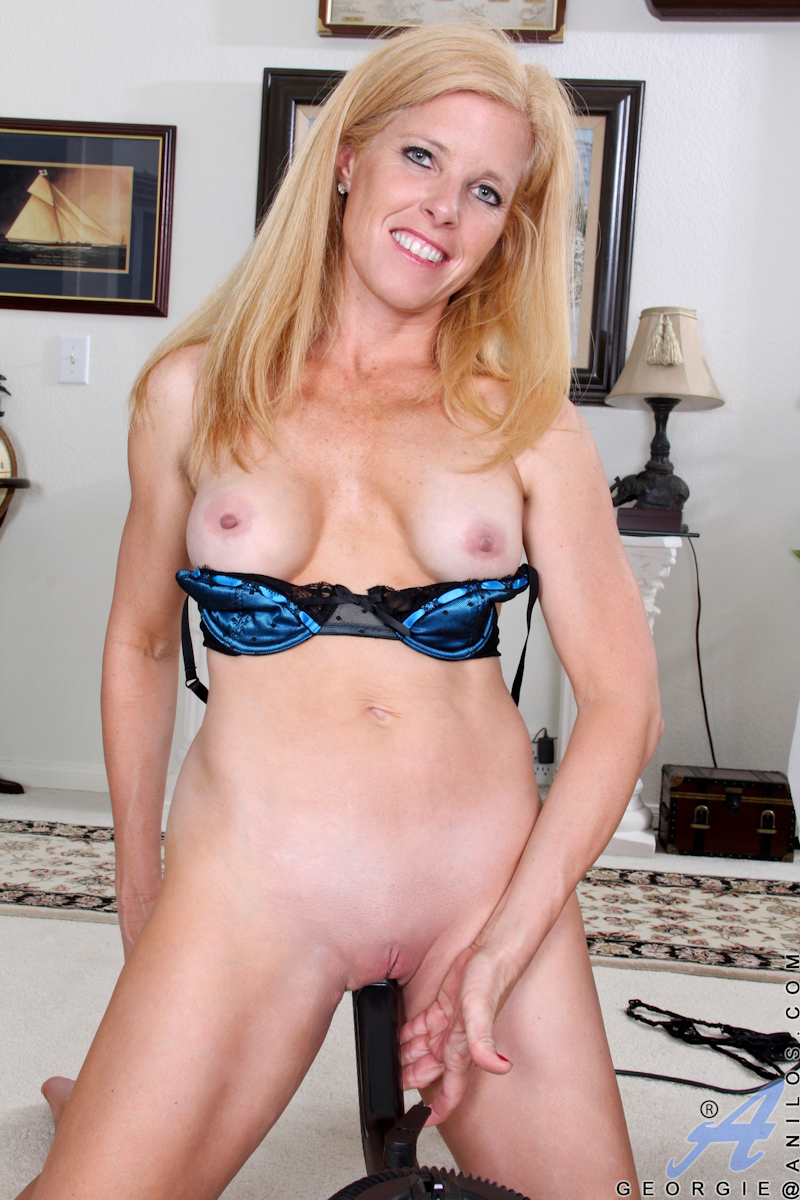 Big Nude Picture Pussy Woman