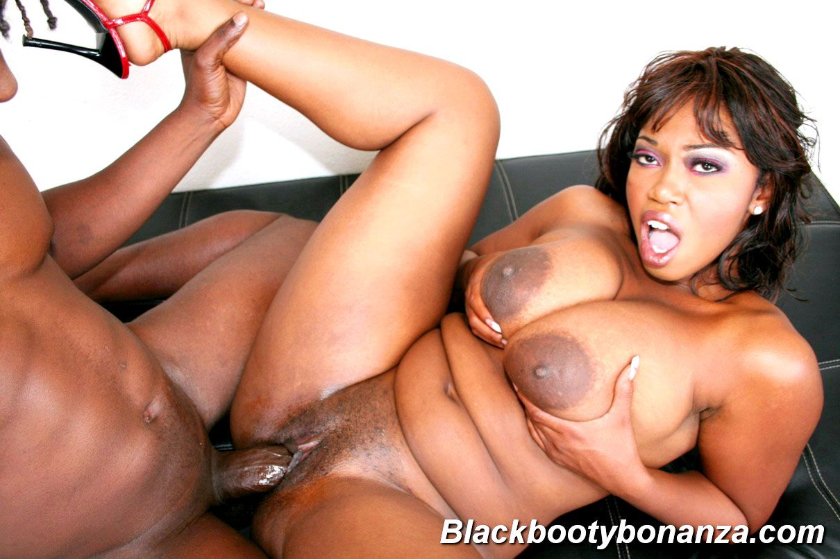 Thick busty sex bomb sara jay instructs big black sports cock how to fuck
