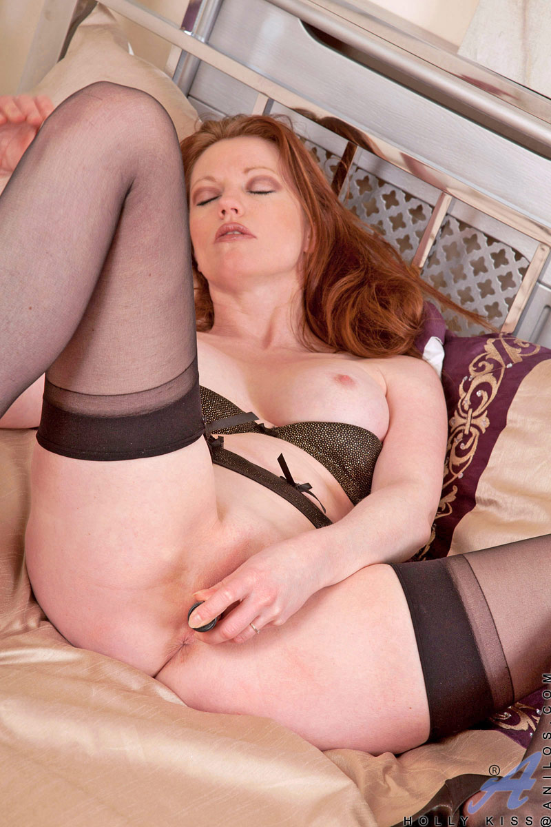 Suggest you Classy cougar holly kiss think, that