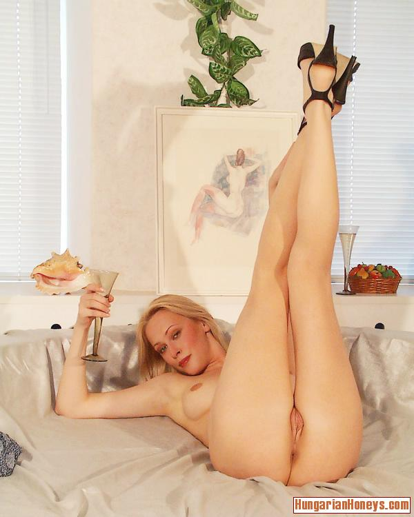 Legs spread blonde pussy hot