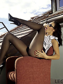 Sexy Brunette Babe With Amazing Legs Outdoors