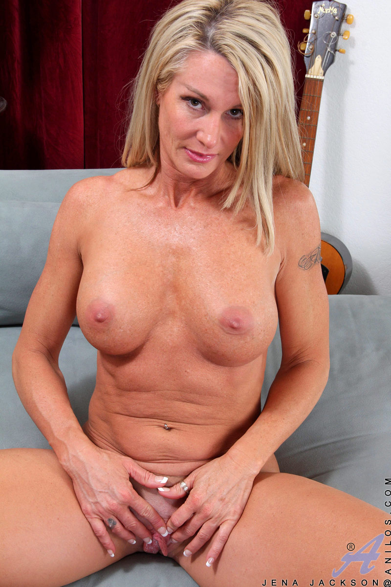 Busty Milf Porn Gallery busty milf deep drills her pussy with her favorite vibrator