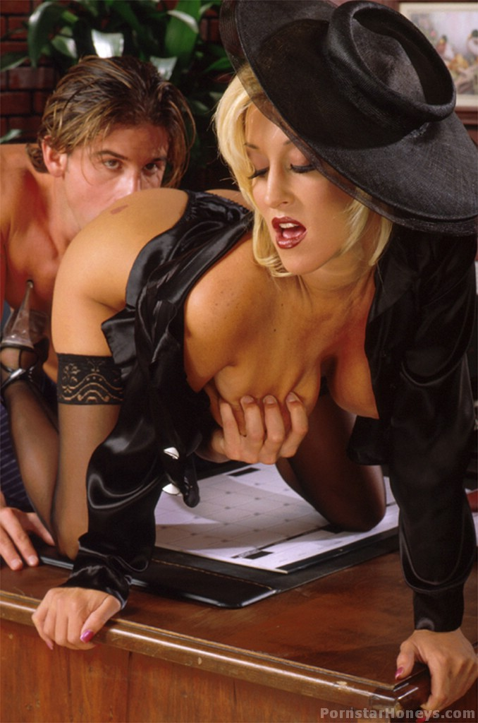 Jill Kelly Is A Hot Pornstar Babe In Stocking And Heels Having