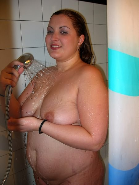 Bbw nude shower