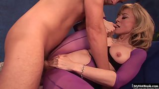 Horny Mature Nina Hartley mouth jizzed after massage