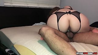 Round Ass Chick Gets Hammered by Her Guy in Riding Style