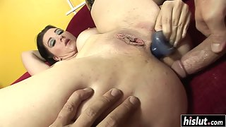 Round Ass Mature Alicia Angel Takes Big Dick of Her Guy in Asshole