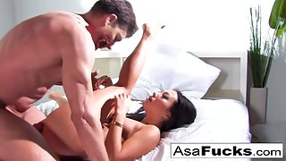 Round Ass Whore Asa Gets Rammed by Her Dude Zombie