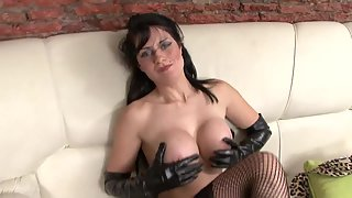 Big Boobs Babe Rubbed Shaved Pussy then Squeezing Tits