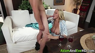 Naughty Sucking Busty Milf Gets Fucked and Jizzed Over