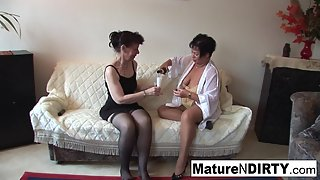 Stockings Wearing Chicks Rubbed Their Tight Muffs Indoors